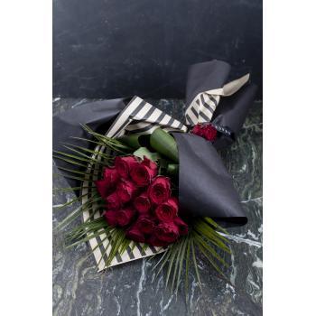 Grace Be my valentine Buket